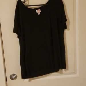 Black oversized vneck